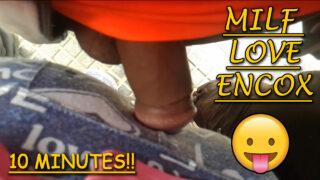 Milf loves encoxadas, she never moves 😛